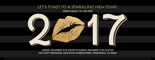 New Year's Kiss Black Invitation